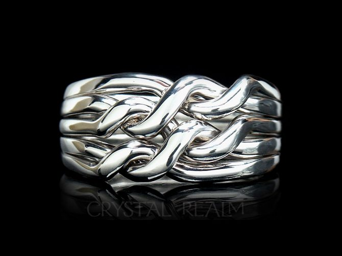 Five band chain puzzle ring in heavy weight