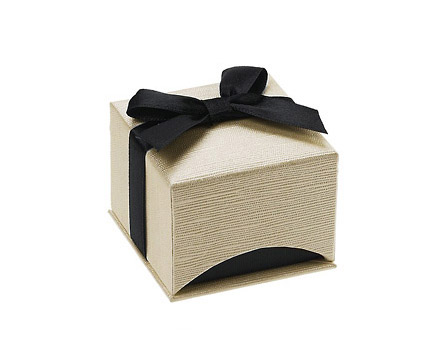 Ribbon Wrapped Cream Linen-Textured Ring Box