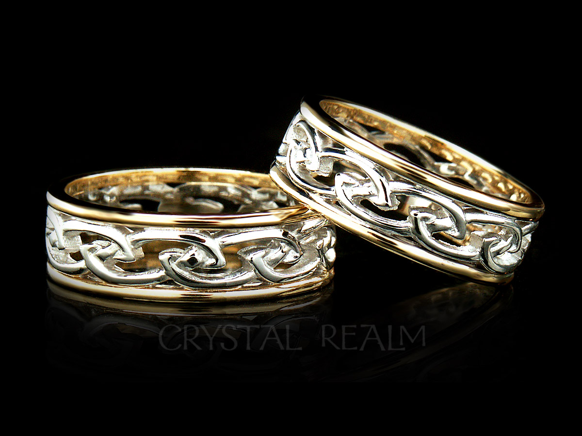 Ladies Celtic flowing knotwork wedding rings