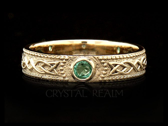 Women's Celtic Shield Band with 3 Emeralds, 14K Yellow Gold